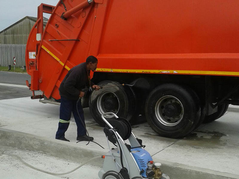 Truck Wash Images8